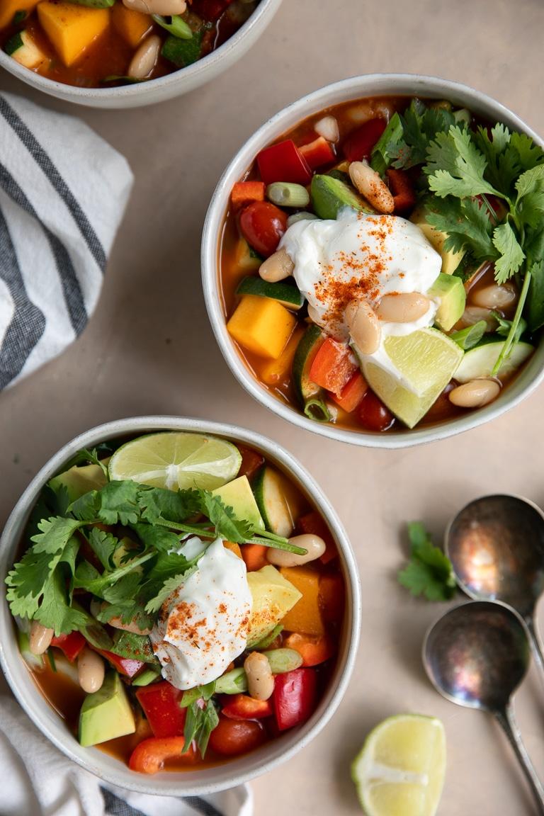 Vegetarian Butternut Squash Chili #vegetarian #butternutsquash #chili | For this recipe and more visit, https://theforkedspoon.com/vegetarian-butternut-squash-chili