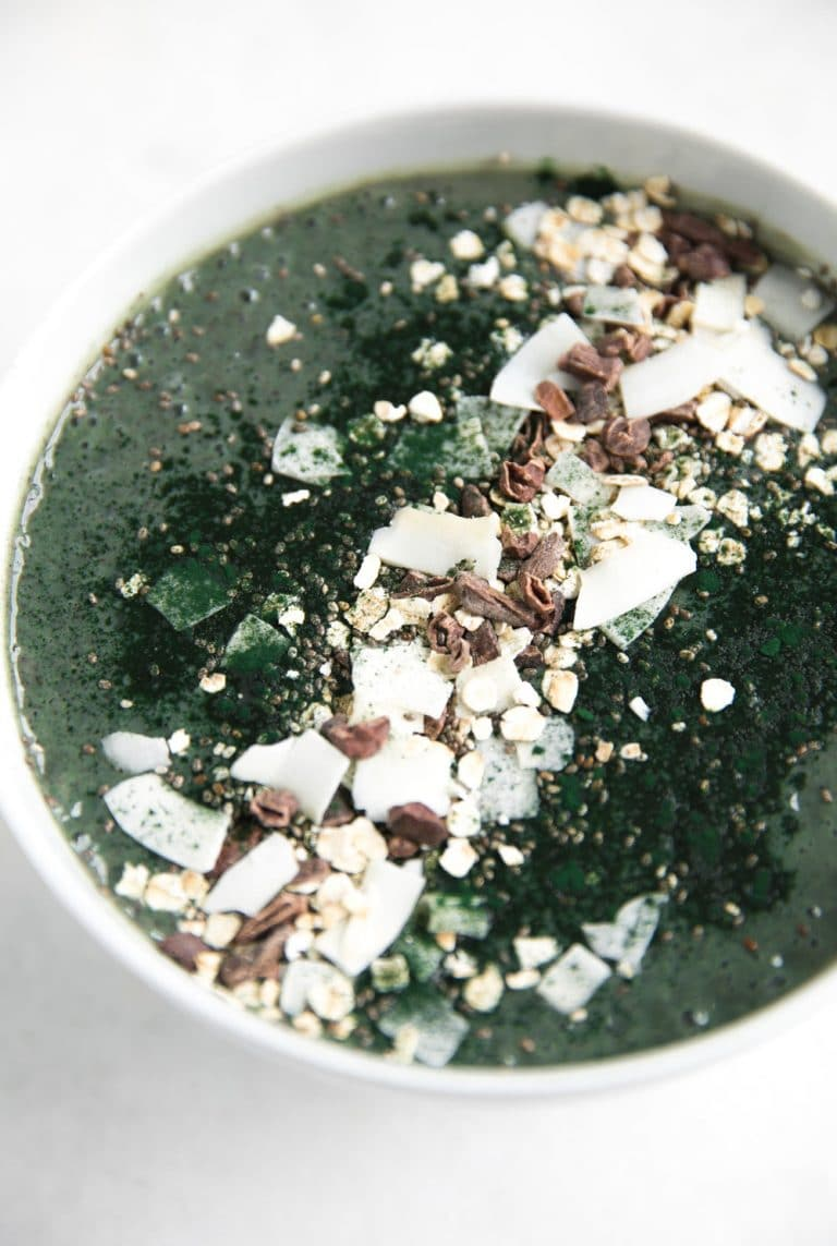 close up of bowl filled with Almond Butter and Spirulina Smoothie