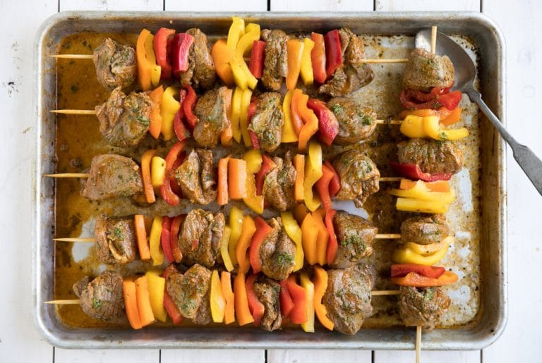 lamb kebabs with bell peppers