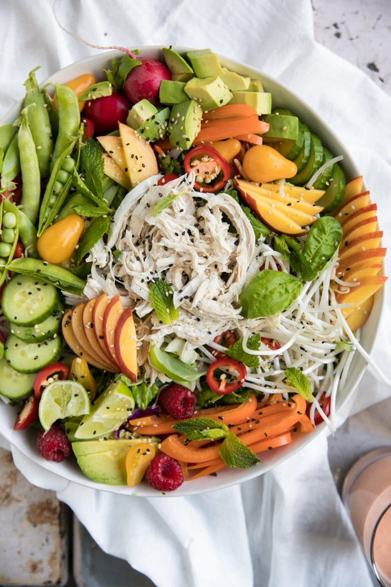 A bowl of salad, with Chicken
