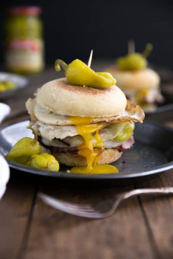 Easy Pepperoncini, Provolone and Egg Breakfast Sandwich