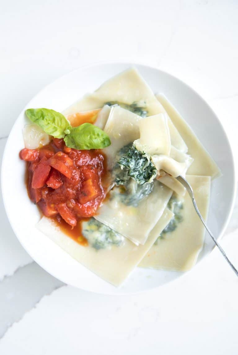 bowl of Mini Spinach and Cheese Ravioli with Homemade Marinara