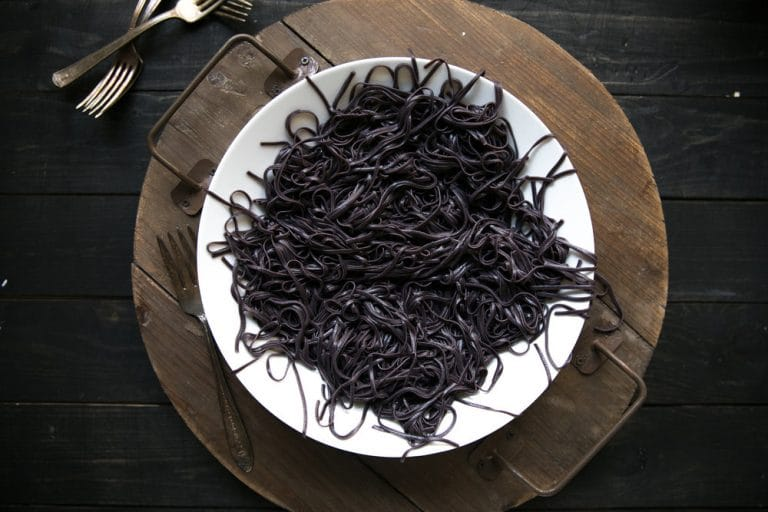black pasta noodles