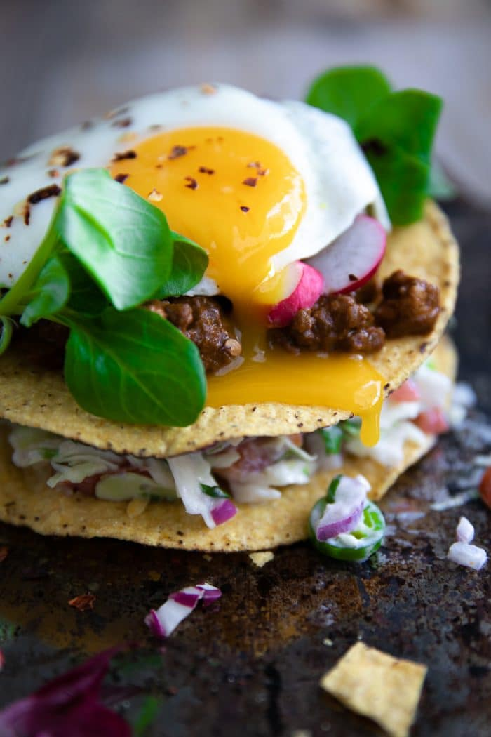 Tostada with egg and ground turkey