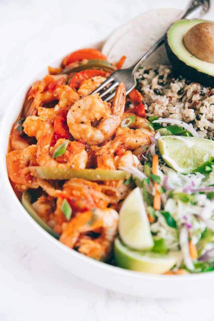 Easy spicy Mexican shrimp recipe in a bowl