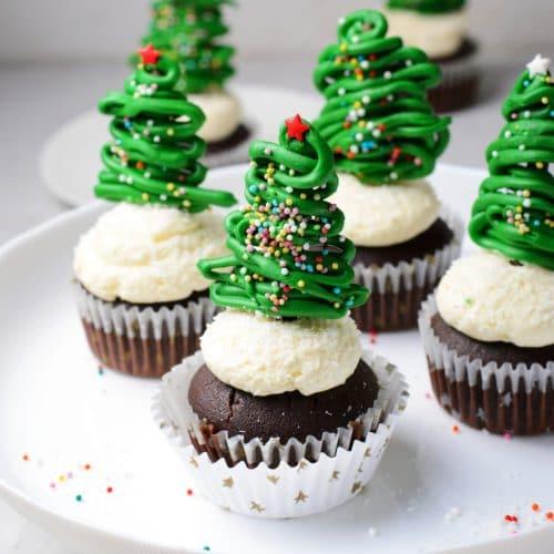 Christmas Tree Cupcakes 3.4.jpg