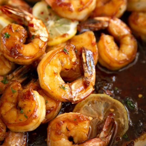 Fully cooked shrimp with their tail on in a sauce made with honey, garlic. amd fresh lemon juice.